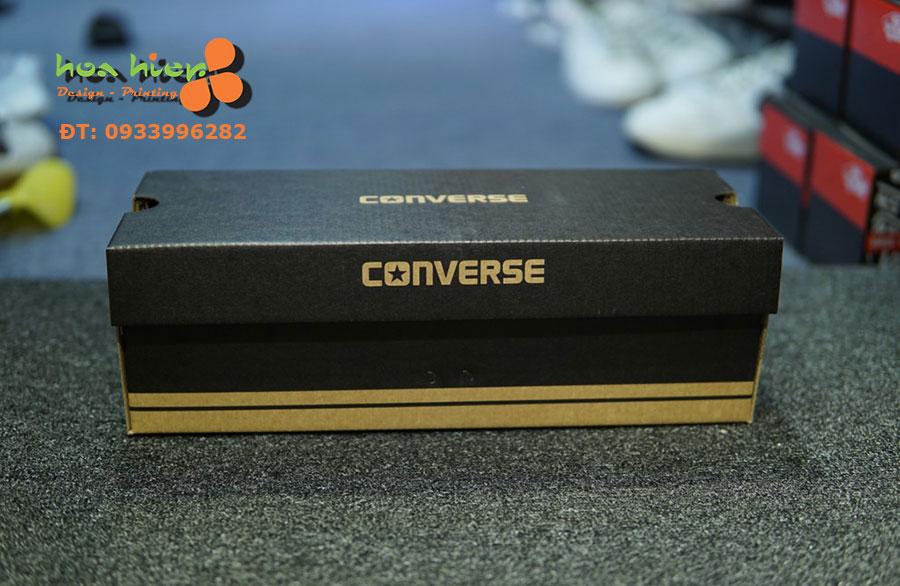 Hộp đựng giày Converse