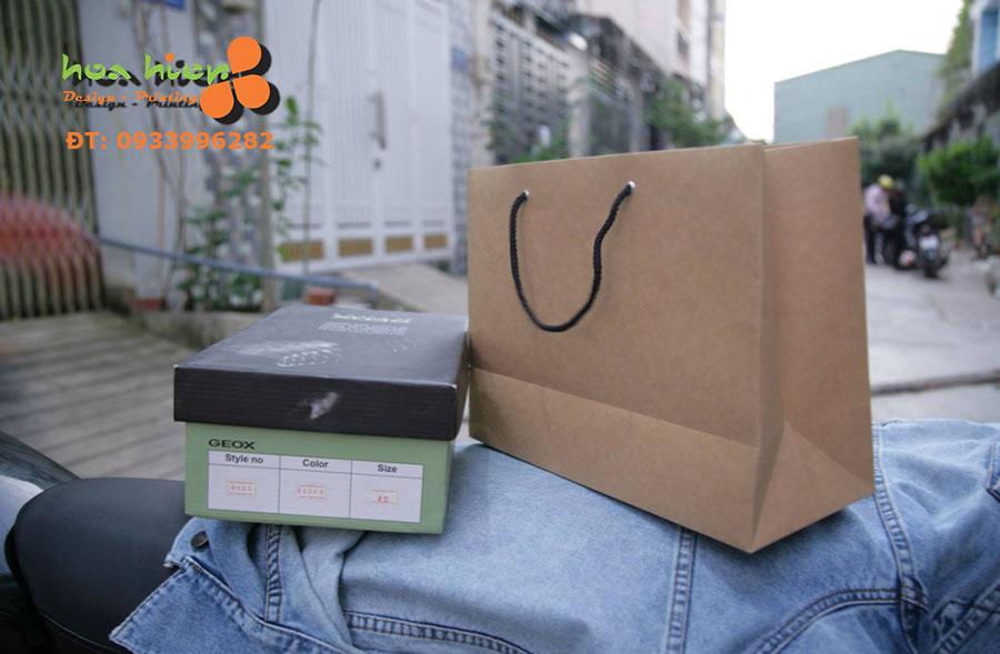 Túi giấy đựng giày dép